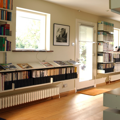 Vitsoe_shelves_radiator_grasslands.jpg